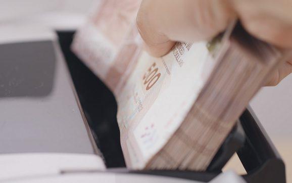 5 nawyków, które musisz wyrobić, aby dobrze zarządzać swoimi pieniędzmi
