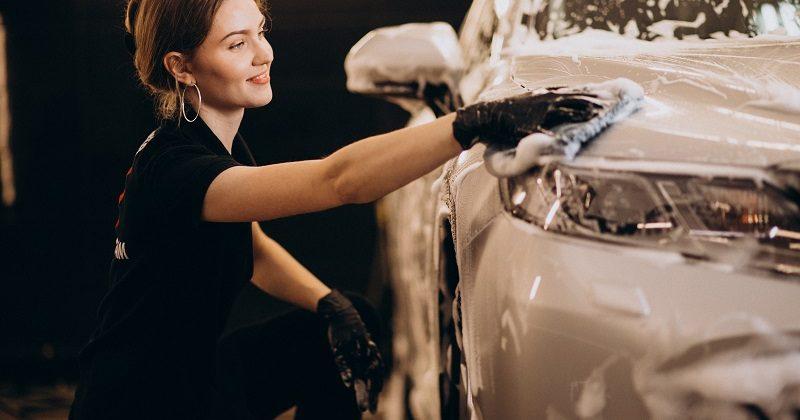 Zestaw do mycia samochodu – niezbędnik każdego właściciela auta