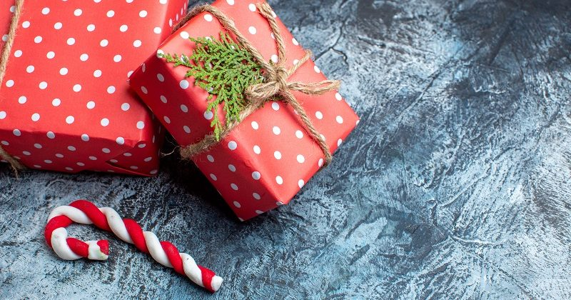Luksusowe prezenty świąteczne dla firm – co kupić?